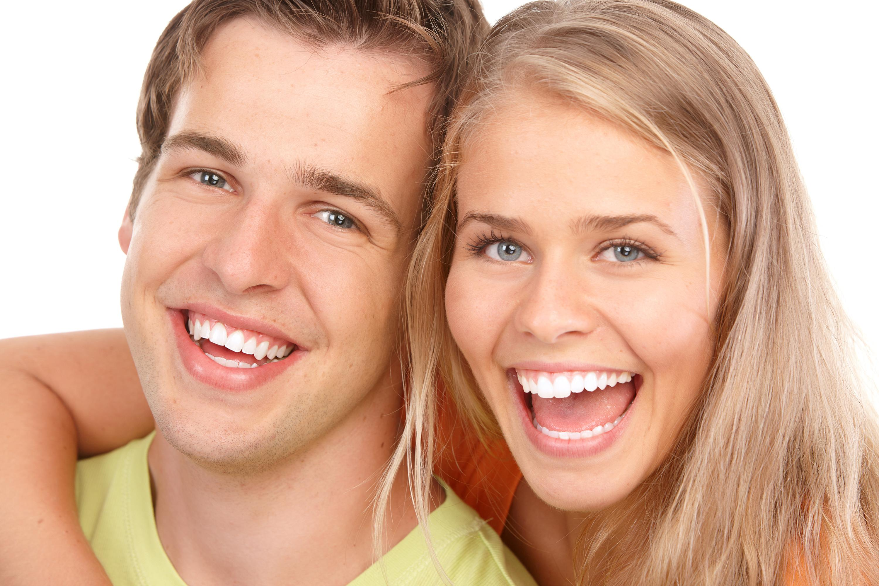 Victory Smiles Offers Teeth Whitening For Teenagers