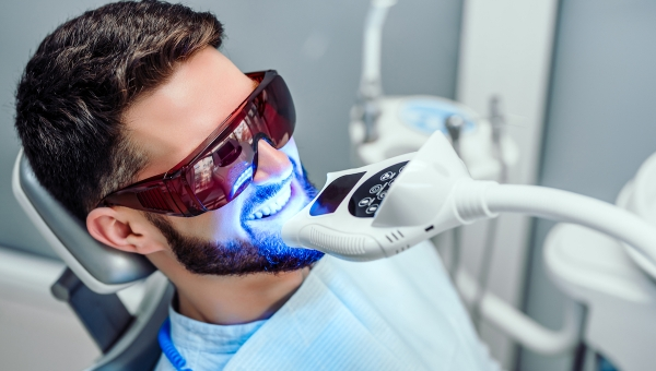 Avoid DIY Teeth Whitening; Visit Our Houston Dentist Instead