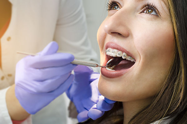 Braces / Invisalign Dentistry at Victory Smiles